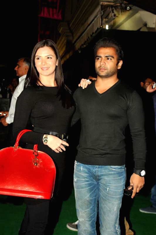 Urvashi Sharma Husband Bollywood actress Urva...