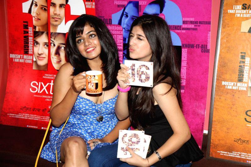 Bollywood actresses Wamiqa Gabbi and Mehek Manwani during the press meet of film Sixteen in Mumbai on 7th July 2013. - Wamiqa Gabbi and Mehek Manwani