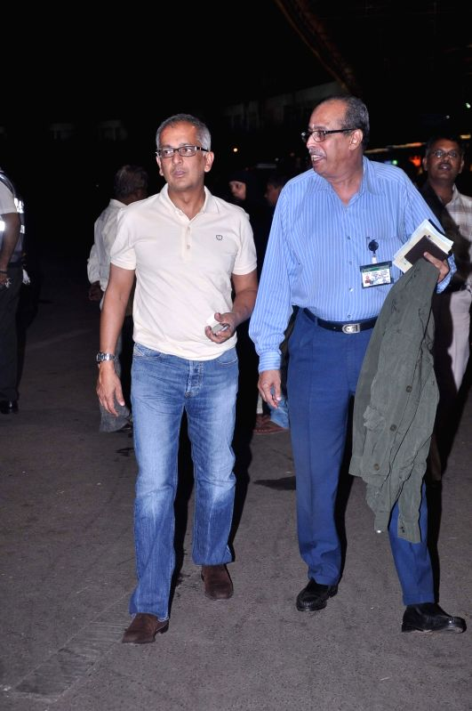 Bollywood celebrities Jai Mehta snapped at airport leaving for London. - Jai Mehta
