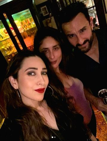 Bollywood's star couple, Saif Ali Khan and Kareena Kapoor Khan celebrated their seventh wedding anniversary with their family members.
