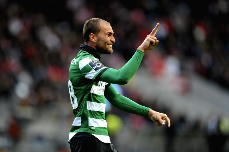 BRAGA, May 1, 2017 - Sporting CP's Bas Dost celebrates after scoring during the Portuguese League soccer match between SC Braga and Sporting CP at Braga Municipal Stadium in Braga, Portugal, April ...
