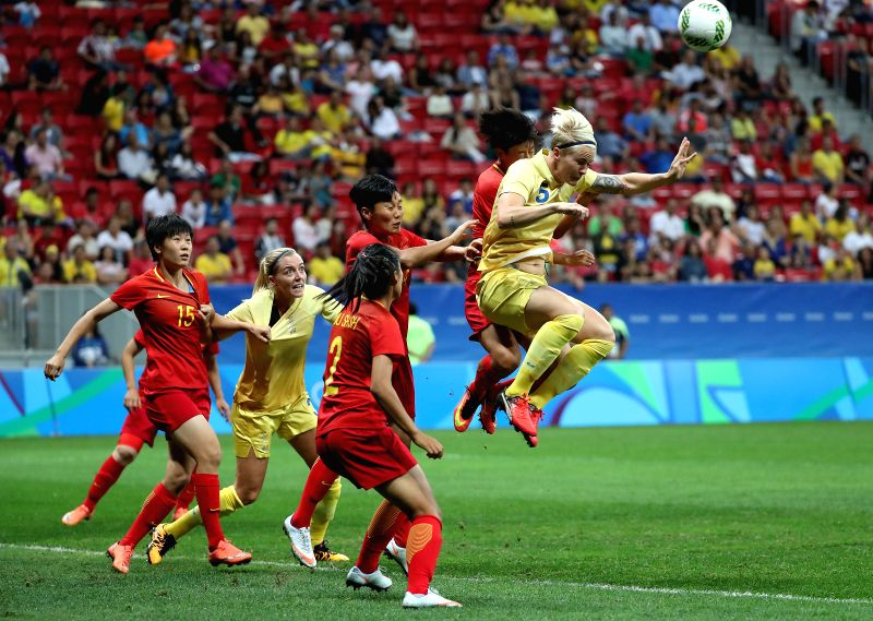 BRASILIA, Aug. 9, 2016 - Nilla Fischer of Sweden heads the ball during the women's group E football match between China and Sweden at the 2016 Olympic Games, in Brasilia, Brazil, on Aug. 9, 2016.