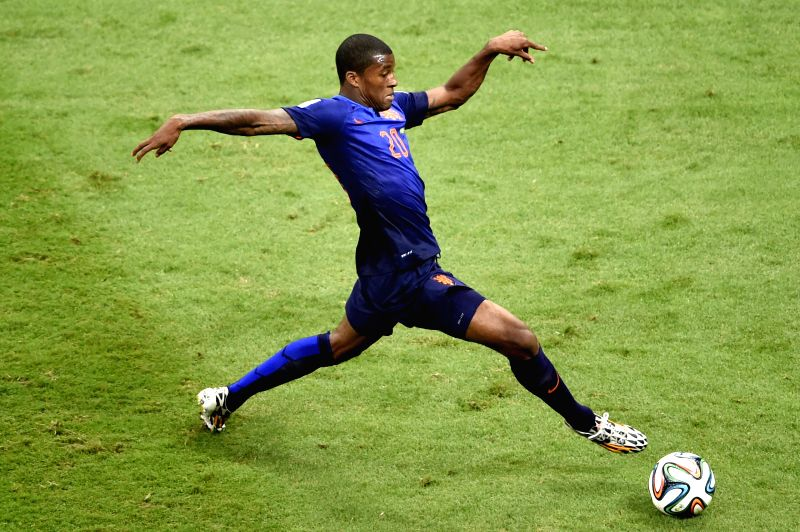 Netherlands' Georginio Wijnaldum controls the ball during the third place play-off match between Brazil and Netherlands of 2014 FIFA World Cup at the Estadio ...