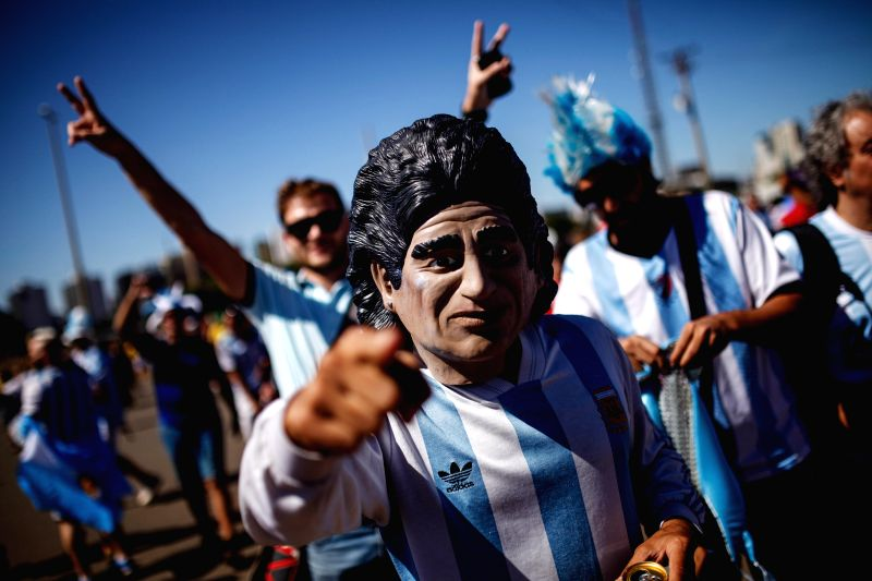 An Argentina's fan poses before a quarter-finals match between Argentina and Belgium of 2014 FIFA World Cup in Brasilia, Brazil, on July 5, 2014.(Xinhua/Jhon ...