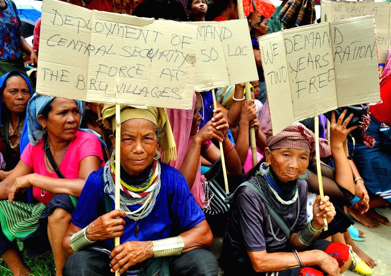 Bru (locally called Reang) people of Mizoram block roads as they protest against the repatriation from Naisingpara camp in Kanchanpur, 230 km northeast of Agartala, capital of Tripura June 17, 2014.