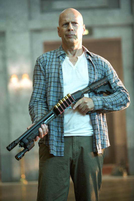 :Bruce Willis.