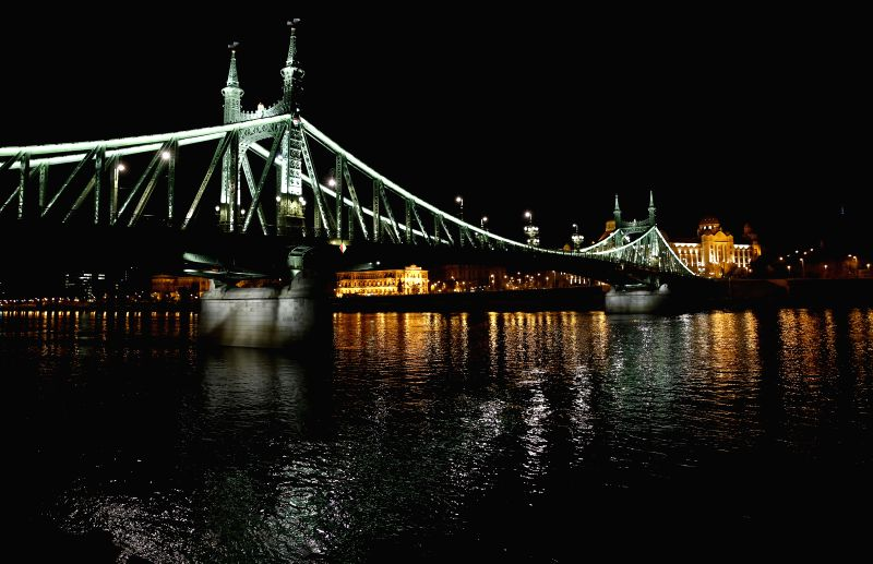 BRUSSELS, May 4, 2017 - Photo taken on April 24, 2017 shows night view of Liberty Bridge in Budapest, capital of Hungary.