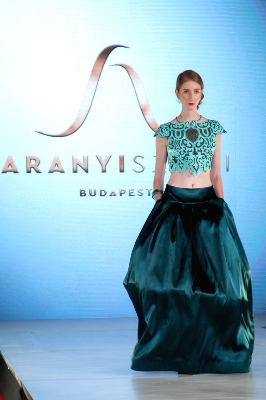 HUNGARY-BUDAPEST-FASHION WEEK