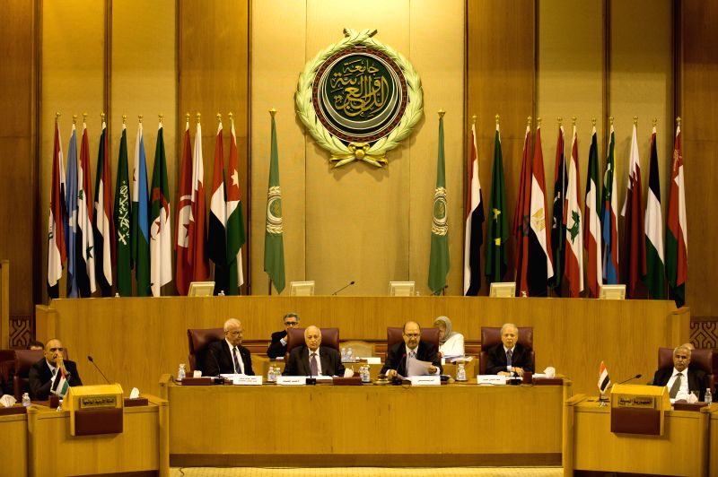 Saeb Oriqaat (2nd L), executive committee's member of the Palestinian Liberation Organization, and Nabil al-Arabi (3rd L, front), secretary general of Arab League, ...