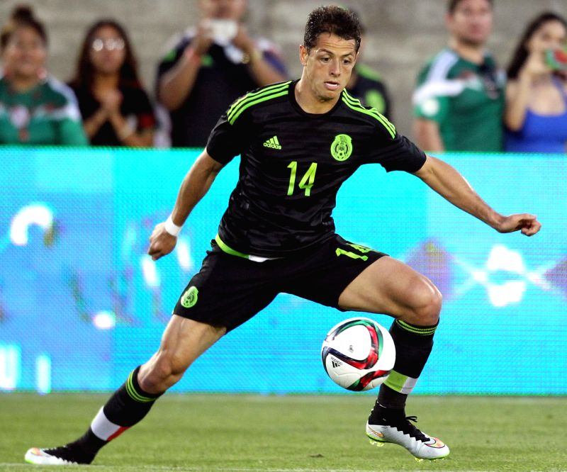 Mexico's Javier Hernandez controls the ball during the international friendly match, against Ecuador, held in the Los Angeles Memorial Coliseum, in Los Angeles ...