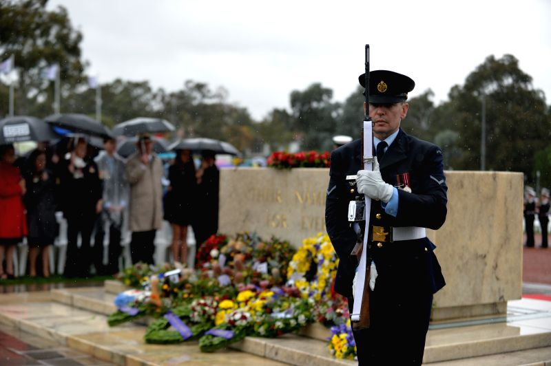 CANBERRA, April 25, 2017 - A ceremony is held at the Australian War Memorial on Anzac Day in Canberra, Australia, April, 25, 2017.(Xinhua/Xu Haijing)