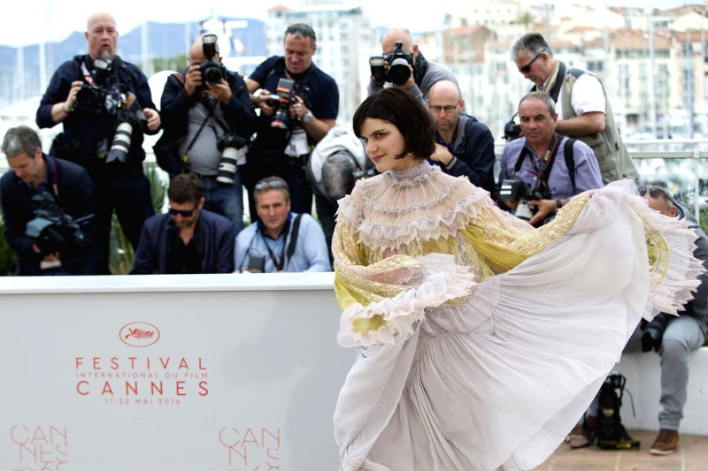 "CANNES, May 13, 2016 - Cast member Soko poses during a photocall for the film ""La danseuse"" (The Dancer) in competition for the category ""Un Certain Regard"" at the 69th Cannes ..."