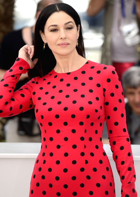 """Italian actress Monica Bellucci poses during the photocall for """"Le Meraviglie"""" (The Wonders) at the 67th Cannes Film Festival in Cannes, France, May 18, ... - Monica Bellucci"""