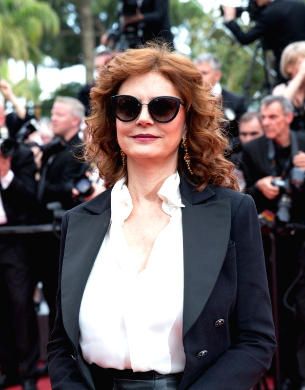 "CANNES, May 18, 2017 - U.S. actress Susan Sarandon poses on the red carpet for the screening of the film ""Loveless"" in competition at the 70th Cannes International Film Festival in Cannes, ... - Susan Sarandon"