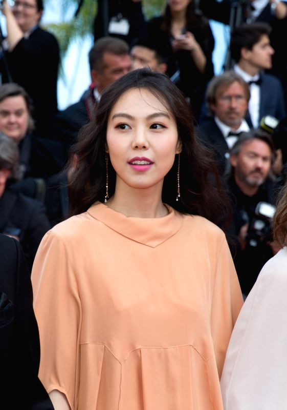 "CANNES, May 21, 2017 - South Korean actress Kim Min-hee poses on the red carpet for the screening of the film ""The Meyerowitz Stories"" in competition at the 70th Cannes International Film ... - Kim Min"