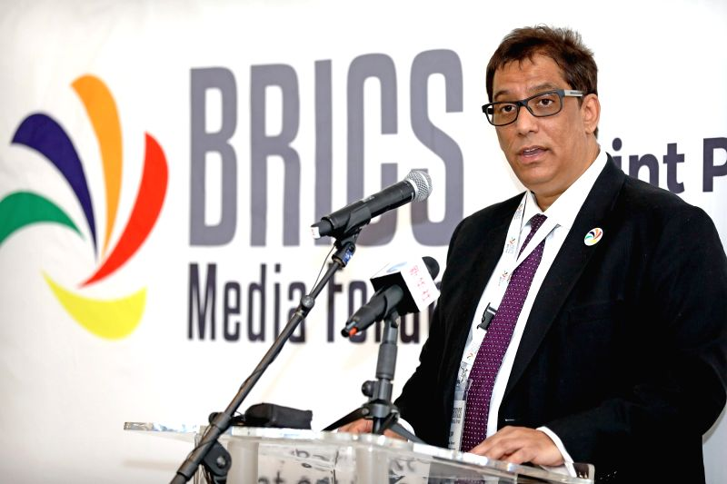 CAPE TOWN, July 18, 2018 - Iqbal Surve, executive chairman of Independent Media and co-chairman of the BRICS Media Forum, speaks at the second edition of BRICS Media Joint Photo Exhibition in Cape ...