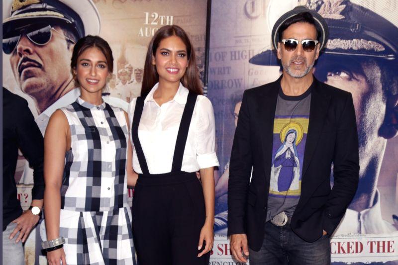 "Caption : New Delhi: Actors Akshay Kumar, Ileana D'Cruz and Esha Gupta during the promotion of their upcoming film ""Rustom"" in New Delhi on Aug 8, 2016. - Akshay Kumar, Ileana D'Cruz and Esha Gupta"