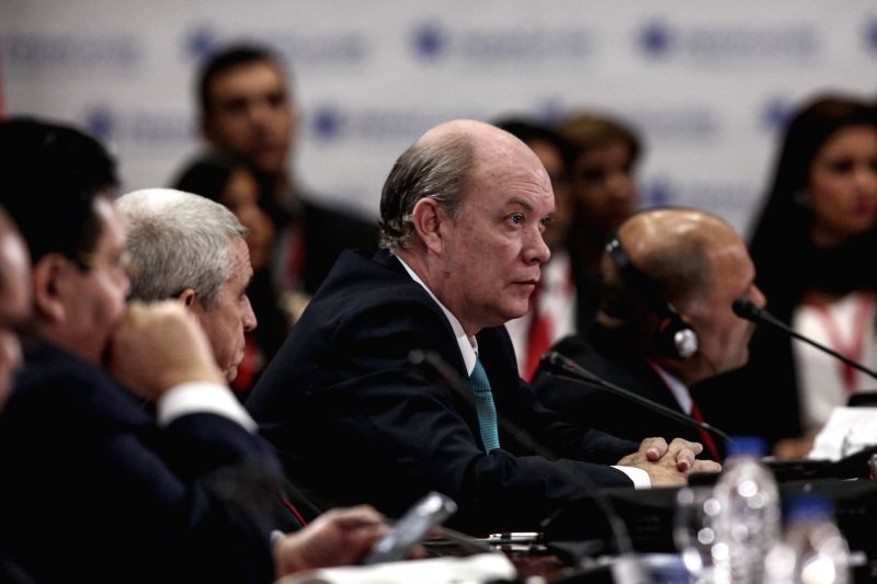 Caracas (Venezuela): Minister of Foreign Trade and Foreign Investment in Cuba, Rodrigo Malmierca (C), participates in the beginning of the 14th Ministerial Council of Petrocaribe in Caracas, ...