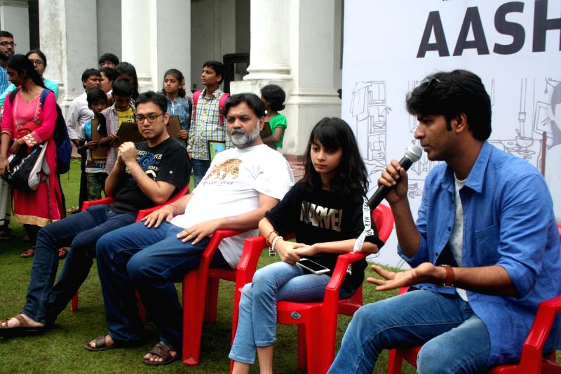 "Cast of the upcoming film ""Uma"" including producer Srijit Mukherji, actors Anirban Bhattacharya and Sara Sengupta and singer Anupam Roy during their visit to Indian Museum in ... - Anirban Bhattacharya, Sara Sengupta and Anupam Roy"