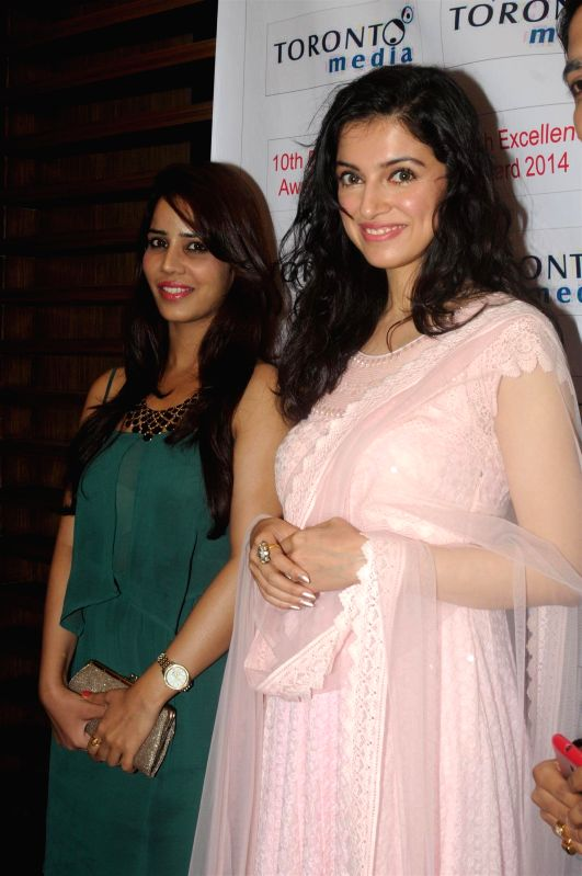 Celebs at the 10th Excellence National Awards 2014 at the NSCI in Worli, Mumbai on June 22, 2014.