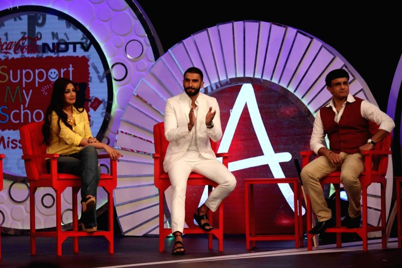Celebs during Support My School a fundraising telethon as part of an NDTV-Coca Cola campaign in Mumbai, on Nov 29, 2015.