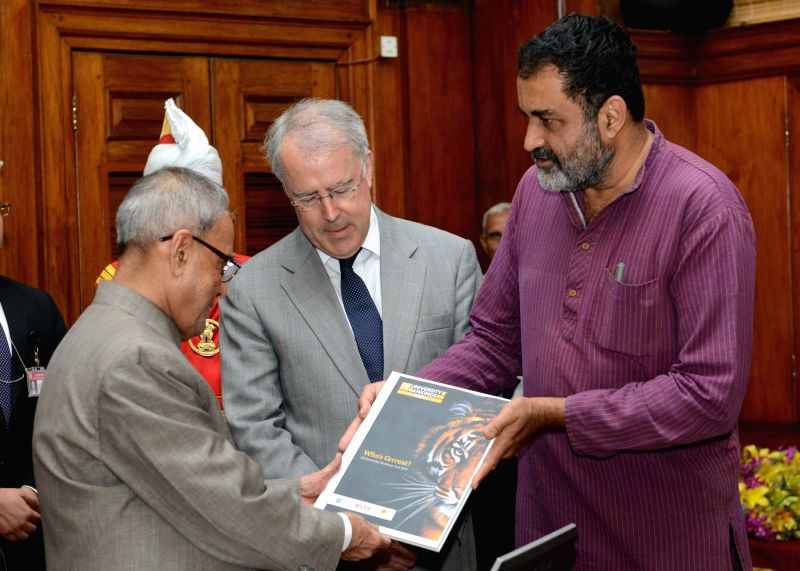 Chairman of Indian Centre for Assessment & Accreditation TV Mohandas Pai and member of executive board of QS World University Ranking, John O'Leary present the first copy of 'QS Asia Pacific ...