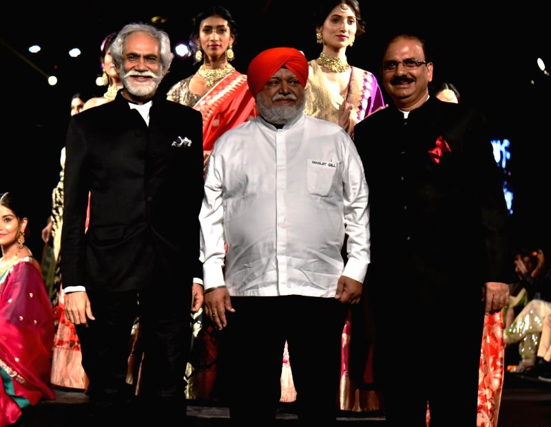 Chairman Steering Committee IHE 2018 & Director  IEML Sunil Sethi and Chef Manjit Gill President, Indian Federation of Culinary Associations at India International Hospitality Expo ...