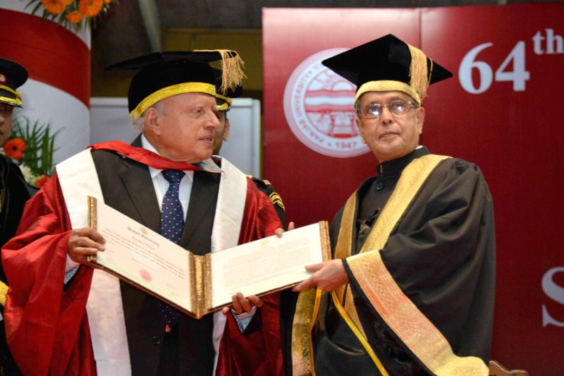 President Pranab Mukherjee presents the Doctor of Science (Honoris Causa) to the Agriculture Scientist, Dr. M.S. Swaminathan at the 64th Convocation of Punjab University, in Chandigarh, ... - Pranab Mukherjee