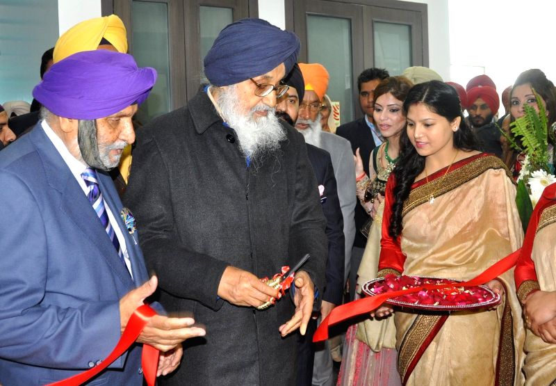 Punjab Chief Minister Parkash Singh Badal during the inauguration of a state-of-the-art unit set up by Sigma Freudenberg NOK (SFN), an Indo-German-Japanese joint venture at Basma near ... - Parkash Singh Badal