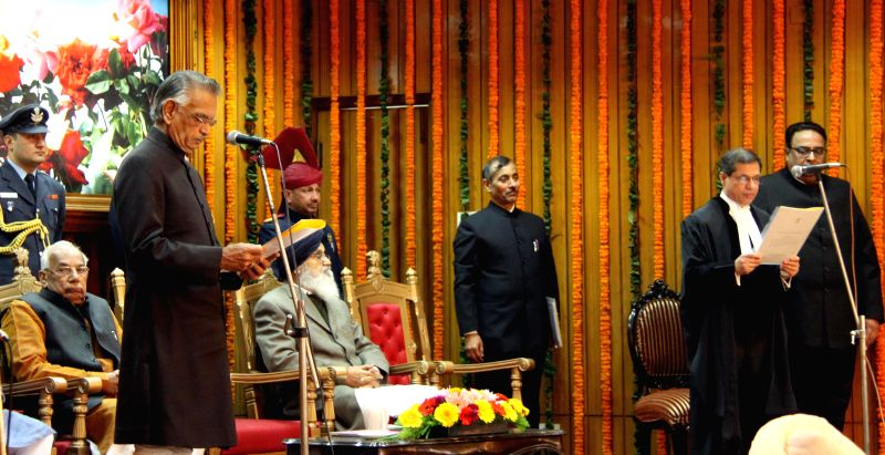 Punjab Governor Shivraj Patil administers oath of office to Justice Shiavax Jal Vazifdar as the acting Chief Justice of Punjab and Haryana High Court at Punjab  Raj Bhawan in Chandigarh .. - Shivraj Patil