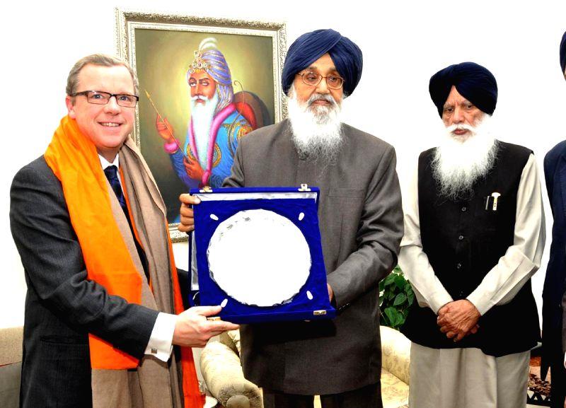 Saskatchewan (Canada) Premier Brad Wall calls on Punjab Chief Minister Parkash Singh Badal in Chandigarh, on Nov 21, 2014. - Parkash Singh Badal