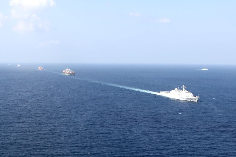 Changbaishan Warship (R) is seen during a convoy mission executed by five warships from the 18th and 19th batches of convoy fleets sent by the Chinese .