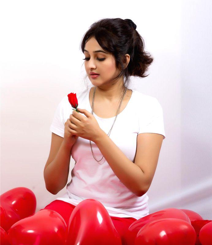 Actress Aavaana - photoshoot.