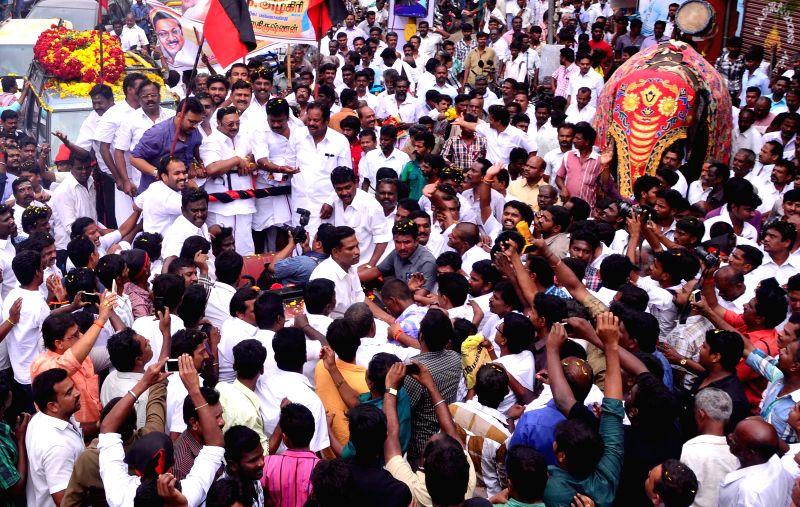 Former Tamil Nadu Chief Minister and DMK Chief M.Karunanithi's son MK Alagri during his 64th brithday celebration in Madurai on Jan. 30, 2015. (Phot: IANS)