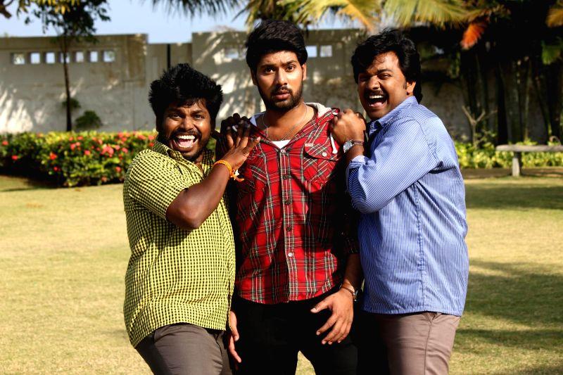 Stills from tamil film ``1 Pandhu 4 Run 1 Wicket`.