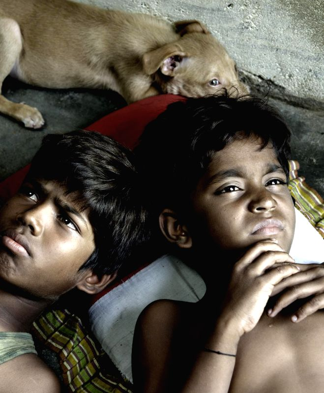 :Chennai: Stills from Tamil film `Kaaka Muttai`. (Photo: IANS).