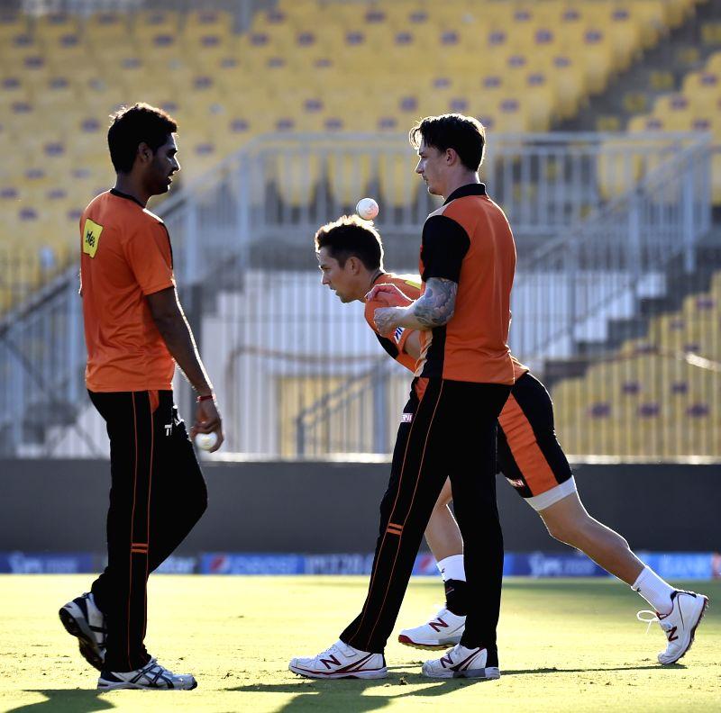 Sunrisers Hyderabad (SRH) players Dale Steyn and Bhuvneshwar Kumar during a practice session at the M A Chidambaram Stadium in Chennai, on April 10, 2015. - Bhuvneshwar Kumar