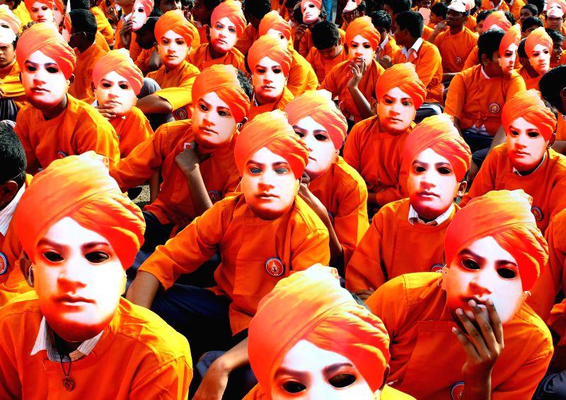 Swami vivekananda Ratha Yatra culminates in a grand Swami Vivekananda Walkathon held at Marina Beach on Jan. 31,  2015.