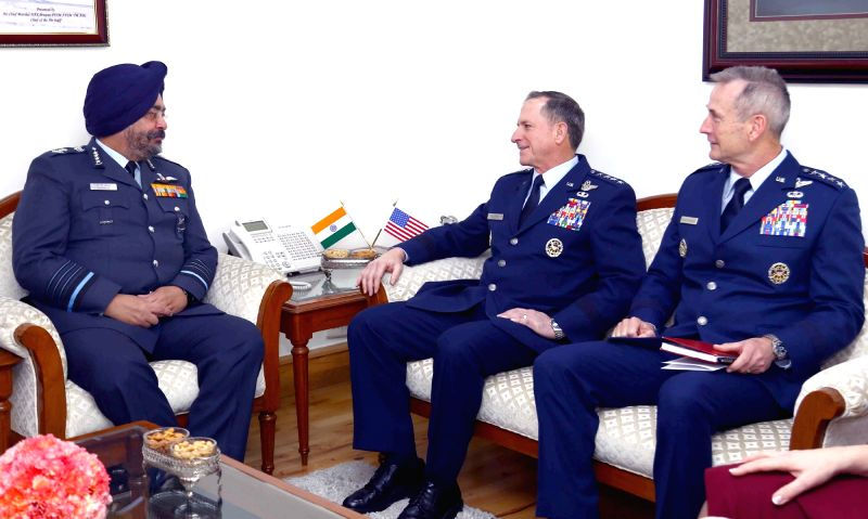 Chief of Staff of the US Air Force, General David L Goldfein calls on the Chief of the Air Staff, Air Chief Marshal B.S. Dhanoa in New Delhi on Feb 1, 2018.