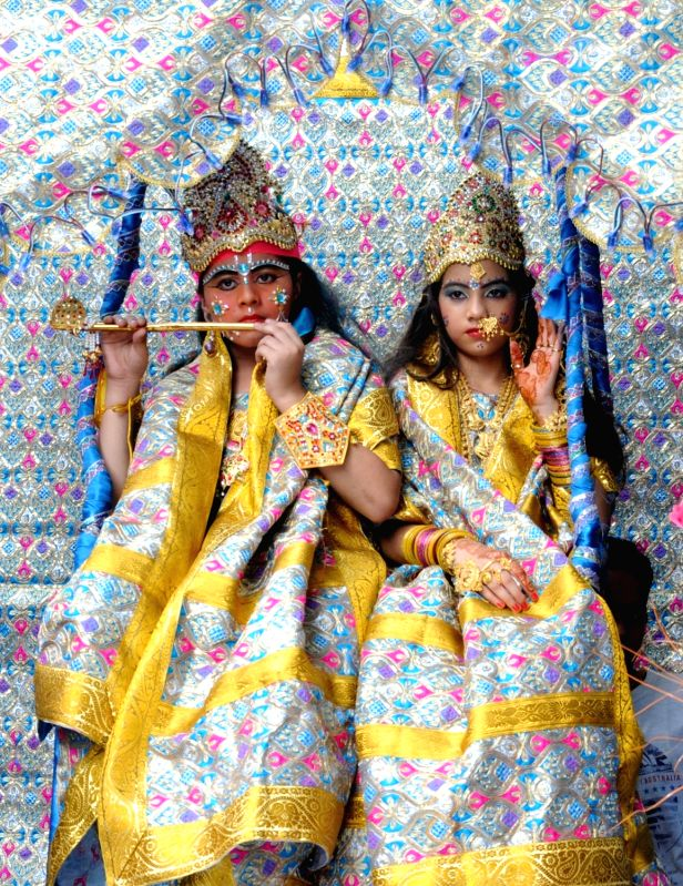 children dress for krishna janmashtami