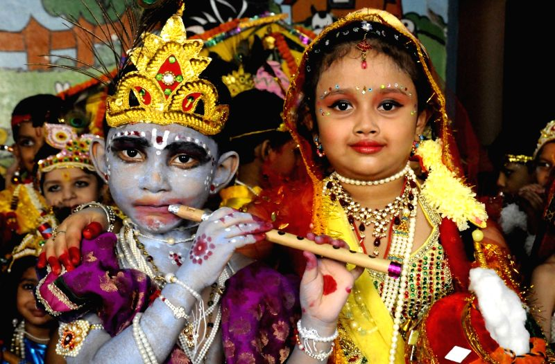 little krishna and little radha