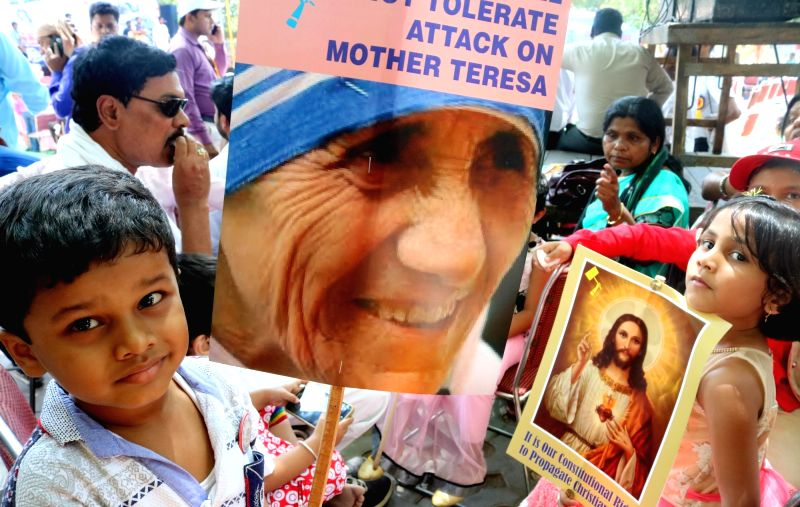Christians stage a demonstration against attacks of Churches and nuns, at Jantar Mantar in New Delhi, on May 13, 2016.