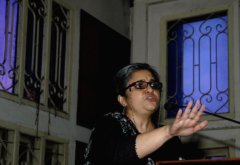 Civil rights activist Teesta Setalvad delivering her speech on communalism in Kolkata on Aug 23, 2014.