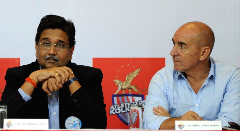 Coach of Atletico de Kolkata, Antonio Lopez Habas and Harshavardhan Neotia during a press conference in Kolkata on Aug 22, 2014.
