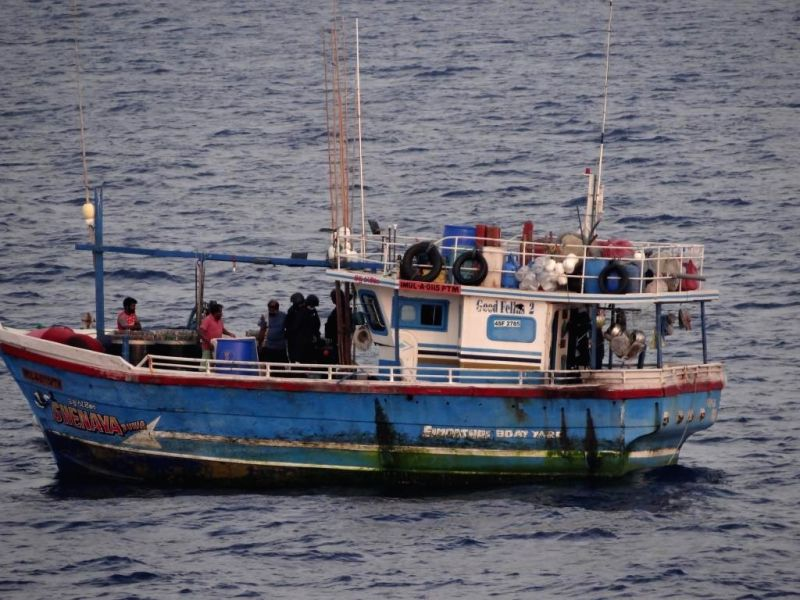 Coast Guard seizes Lankan boat with 100 kg heroin, arrests six