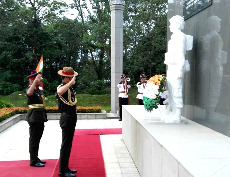 Colombo (Sri Lanka): Chief of Army Staff, General Dalbir Singh pays homage at IPKF Memorial, in Colombo, Sri Lanka on Dec 1, 2015.