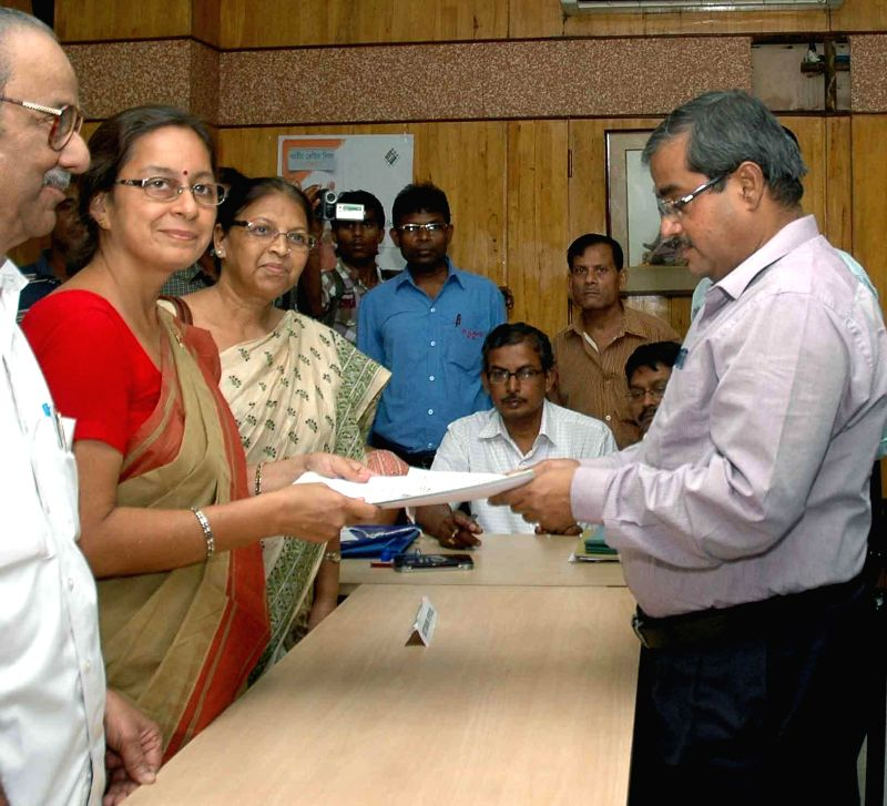 Communist Party of India-Marxist (CPI-M) candidate for 2014 Lok Sabha Election from South Kolkata parliamentary constituency, Nandini Mukherjee files her nomination papers in Kolkata on April 22, ...