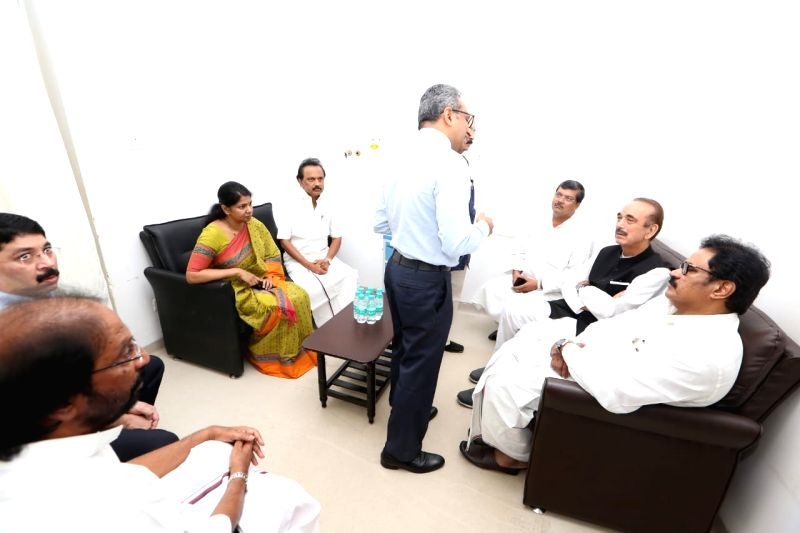 Congress leader Ghulam Nabi Azad along with DMK leaders M.K. Stalin, Kanimozhi and Dayanidhi Maran, during his visit to meet DMK President M. Karunanidhi who was admitted into the intensive ...