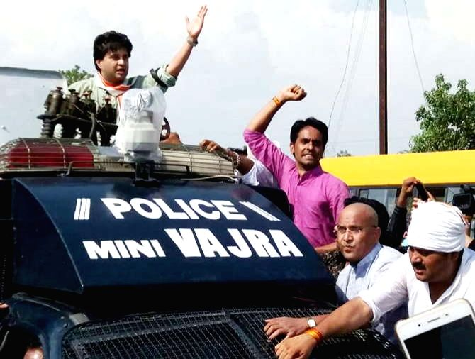 Congress leader Jyotiraditya Scindia detained in Dhodar while he was on his way to Mandsaur to meet the families of the farmers killed in police firing, on June 13, 2017.
