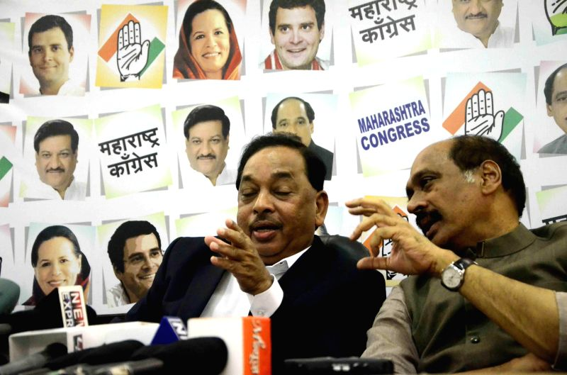 Congress leader Narayan Rane and Maharashtra Congress chief Manikrao Thakre during a press conference after being elected as party's election campaign president in Mumbai on Aug 22, 2014.
